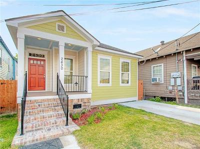 Single Family Home Pending Continue to Show: 2430 Frenchmen Street
