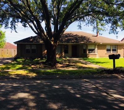 Townhouse For Sale: 2101 Breckenridge Drive