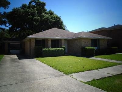 Metairie Single Family Home For Sale: 4505 Wade Drive