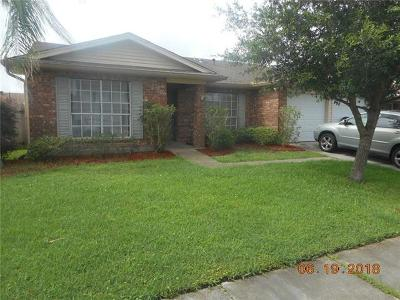 Harvey Single Family Home For Sale: 1712 Carriage Lane