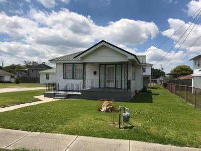 Westwego Single Family Home For Sale: 730 Avenue D Avenue