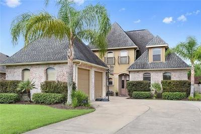 Destrehan Single Family Home For Sale: 112 Panther Run Drive