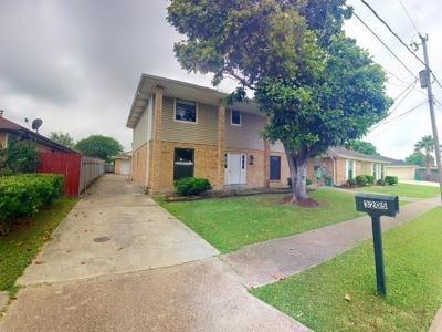 Jefferson Parish Single Family Home Pending Continue to Show: 3205 Minnesota Avenue
