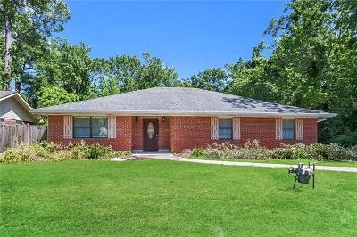 Mandeville Single Family Home Pending Continue to Show: 533 Hutchinson Street