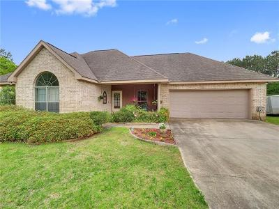 Covington Single Family Home Pending Continue to Show: 16062 Lake Ramsey Road
