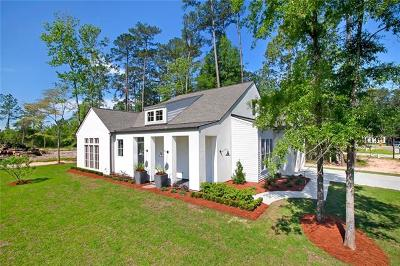 Covington Single Family Home For Sale: 6005 Cypress Point Circle