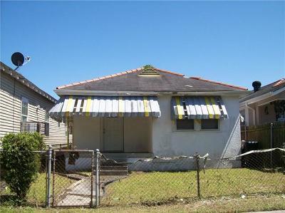 Single Family Home For Sale: 3905 Hamilton Street
