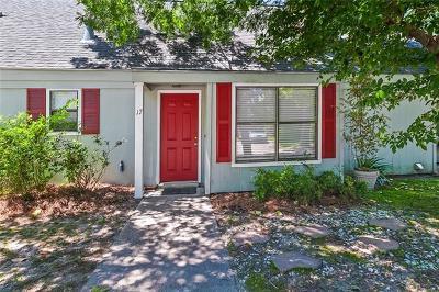 Covington Condo For Sale: 17 Hollycrest Boulevard #17