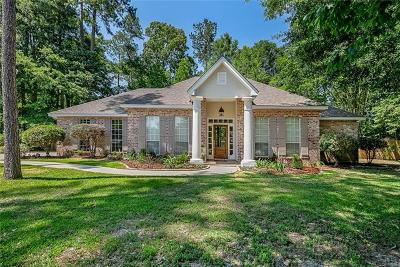 Mandeville Single Family Home For Sale: 305 Chestnut Oak Drive
