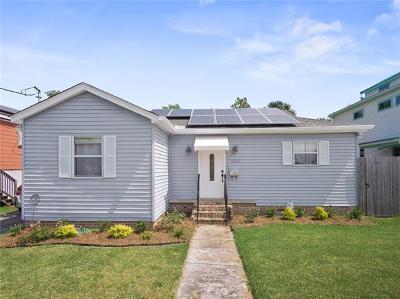 New Orleans Single Family Home For Sale: 3527 De Saix Boulevard