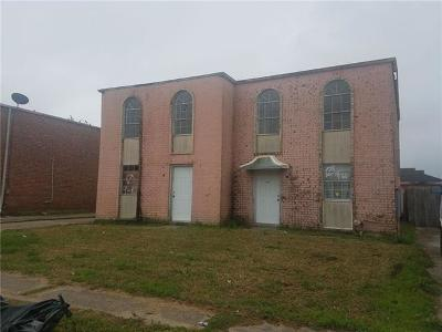 New Orleans Multi Family Home For Sale: 6930-32 Bunker Hill Road