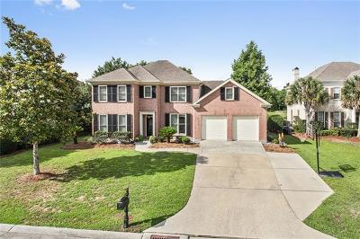 New Orleans Single Family Home For Sale: 22 Castle Pines Drive