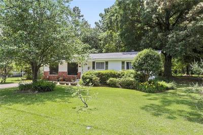 Covington Single Family Home For Sale: 20126 Palm Boulevard