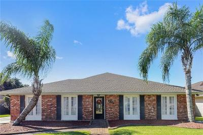 Kenner Single Family Home Pending Continue to Show: 929 Vintage Drive