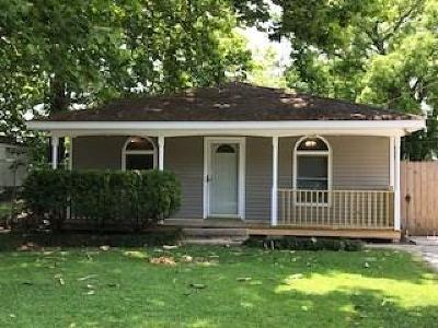 Destrehan Single Family Home For Sale: 402 Carolyn Drive