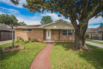 Metairie Multi Family Home Pending Continue to Show: 1125 Bonnabel Boulevard