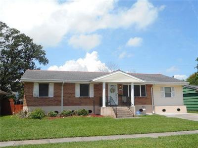 Metairie Single Family Home For Sale: 3504 Bissonet Drive