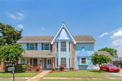 Kenner Single Family Home For Sale: 4404 Lake Trail Drive