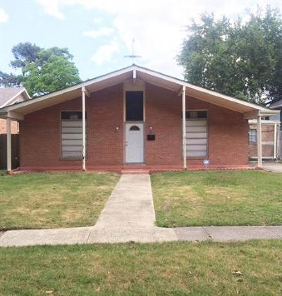 New Orleans Single Family Home For Sale: 5811 Pratt Drive Drive