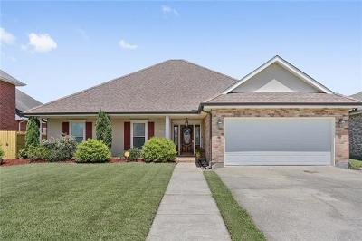 Mereaux, Meraux Single Family Home Pending Continue to Show: 2312 Aramis Drive