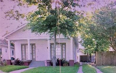Jefferson Parish, Orleans Parish Multi Family Home Pending Continue to Show: 4709 Venus Street