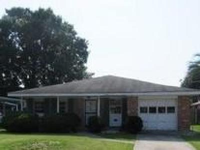 Single Family Home For Sale: 4912 Wade Drive