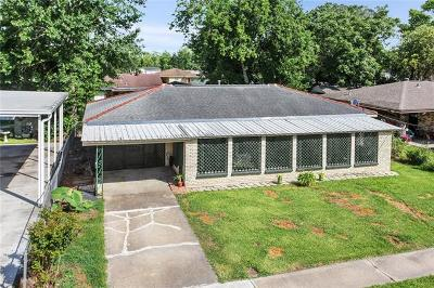 Westwego Single Family Home Pending Continue to Show: 116 Deweese Drive