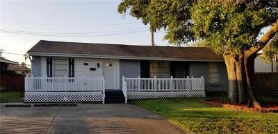 Single Family Home For Sale: 7013 Kawanee Avenue