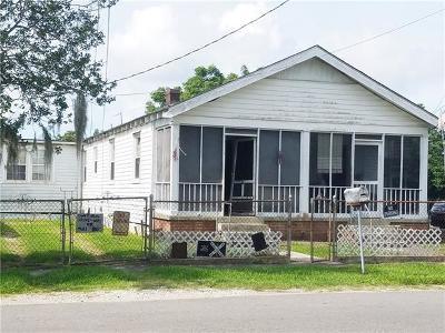 Jefferson Multi Family Home Pending Continue to Show: 2908 Sam Lenox Street