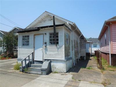 New Orleans Single Family Home For Sale: 2530 Music Street
