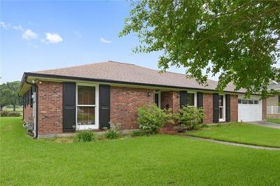 Gretna Single Family Home Pending Continue to Show: 617 Fairfield Avenue