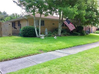 Metairie Single Family Home For Sale: 1113 Melody Drive
