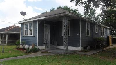 Single Family Home For Sale: 7922 Devine Avenue