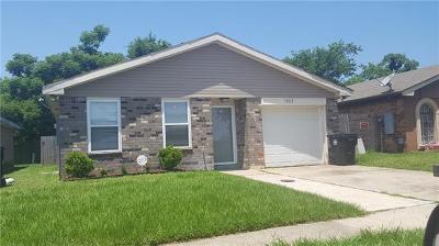 Single Family Home For Sale: 14717 N Beekman Street