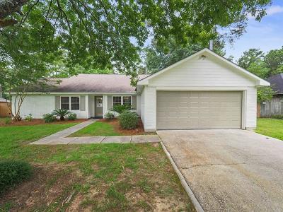 Single Family Home For Sale: 413 Laurel Oak Drive