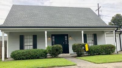 Harvey Single Family Home For Sale: 2044 Saulet Place