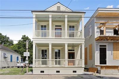 New Orleans Single Family Home For Sale: 840 Bartholomew Street