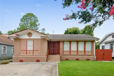 Single Family Home For Sale: 1923 Bodenger Boulevard