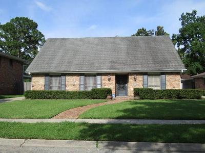 Single Family Home For Sale: 1556 Holiday Place