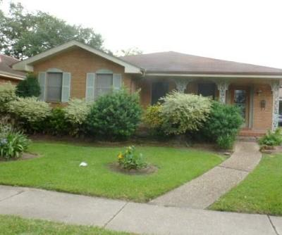 Metairie Single Family Home For Sale: 3408 Ferran Drive