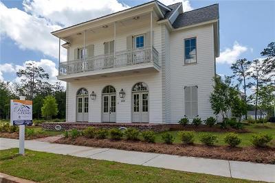 Covington Single Family Home For Sale: 120 Bay Tree Manor Drive
