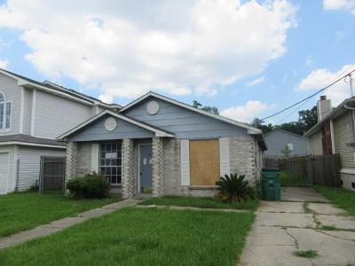 Harvey Single Family Home For Sale: 2645 Max Drive