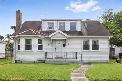 Jefferson Single Family Home Pending Continue to Show: 501 Claiborne Court