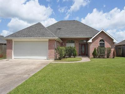Montz Single Family Home Pending Continue to Show: 237 Betty Drive