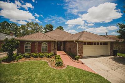 Kenner Single Family Home For Sale: 5013 Toby Lane