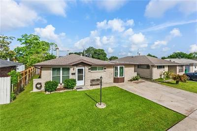 Harvey Single Family Home For Sale: 1424 Redwood Drive