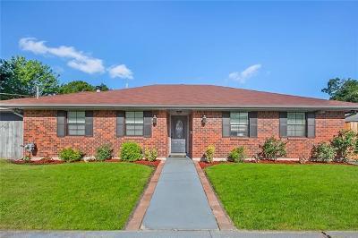 Single Family Home Pending Continue to Show: 508 Aurora Avenue
