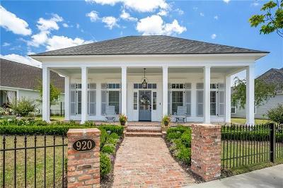 Covington Single Family Home For Sale: 920 Beauregard Parkway