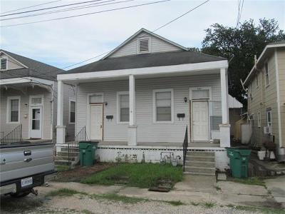Jefferson Parish Multi Family Home For Sale: 453 Ave A Avenue