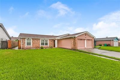 Harvey Single Family Home For Sale: 3736 Woodbriar Drive
